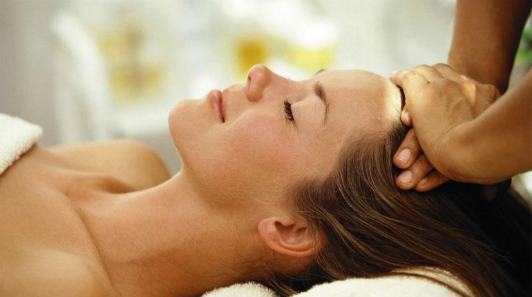 массаж головы и шеи для улучшения кровообращения
