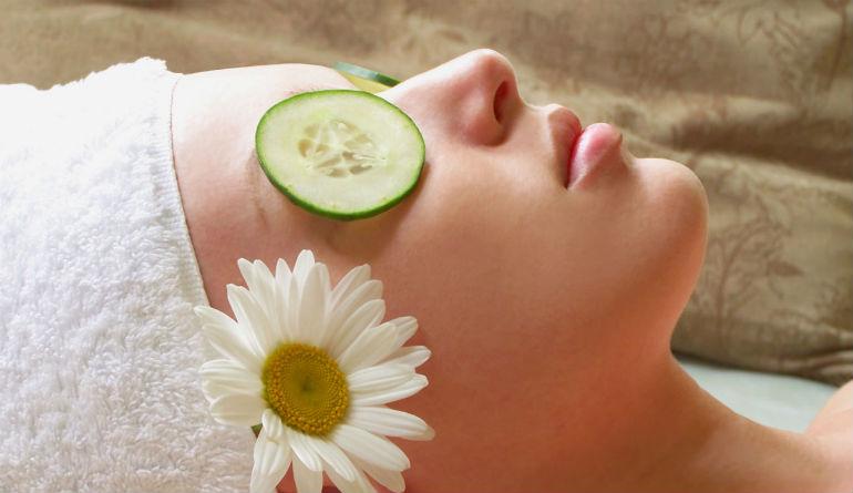 как снять отеки на лице после сна